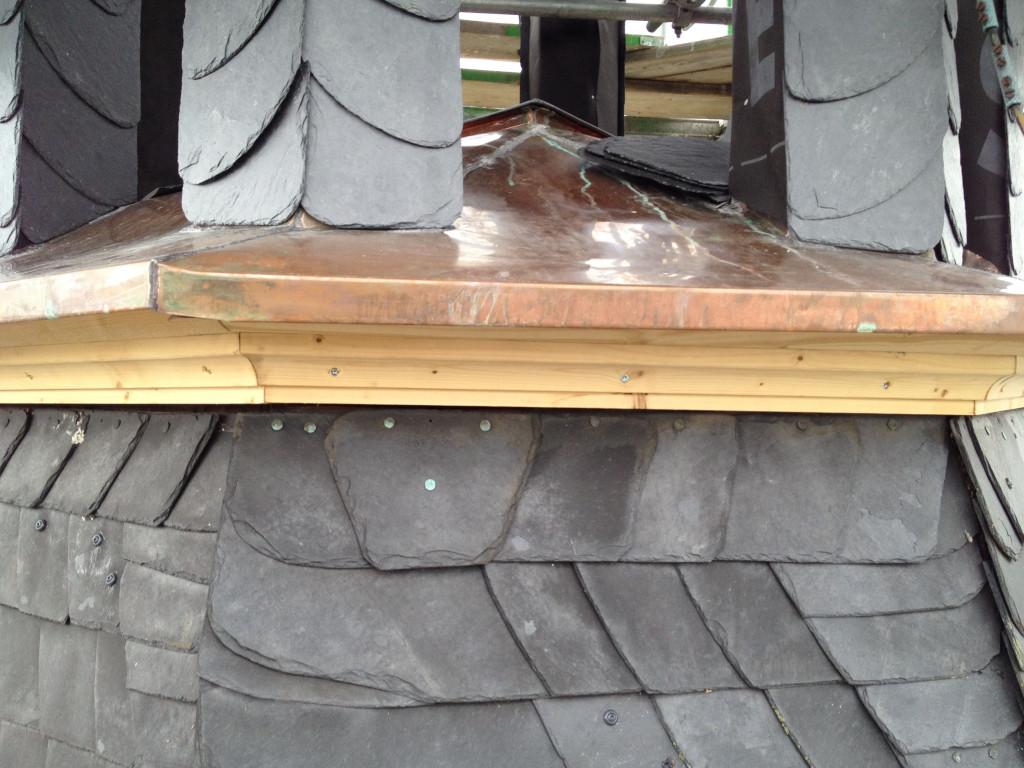 Dachdeckerarbeiten an der Turmlaterne